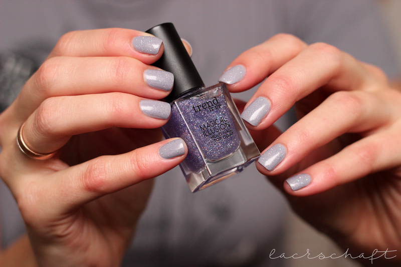trenditup-magicalillusion-holo-topcoat-swatch