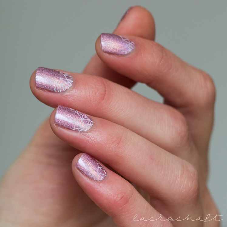 Hema-Holographic-Pink-moyou-enchantes-16-close-up