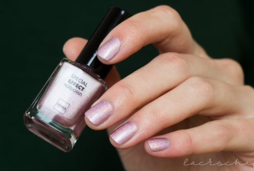 Hema-Holographic-Pink-Swatch-left-hand