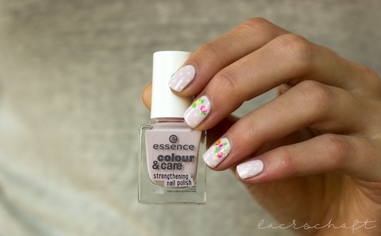 nailart-essence-happy-nails-nail-sticker-vintage-bootle