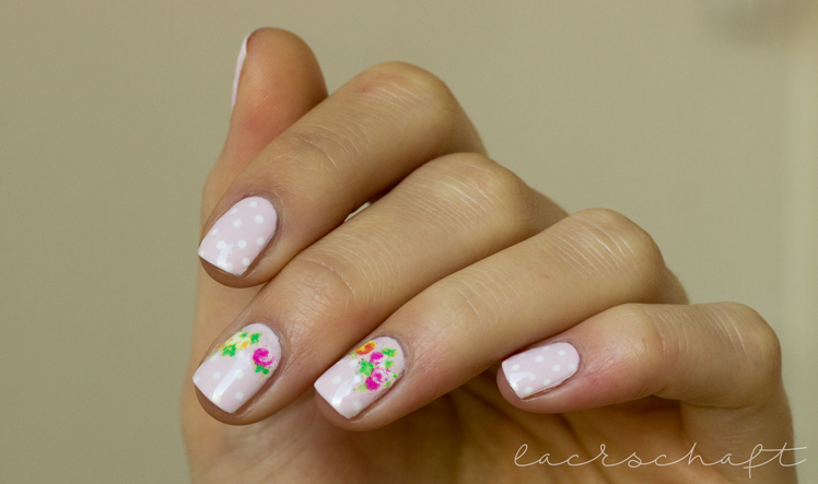 nailart-essence-happy-nails-nail-sticker-vintage-left