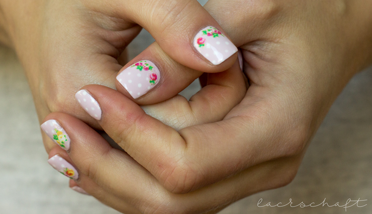 nailart-essence-happy-nails-nail-sticker-vintage-thumbs