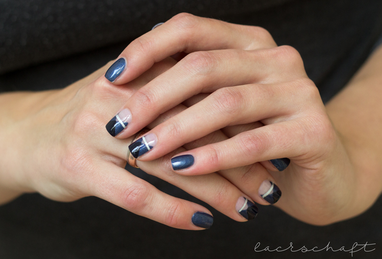frischlackiertchallenge-bllogparade-negative-space-essence-talk-to-the-hand-naildesign1