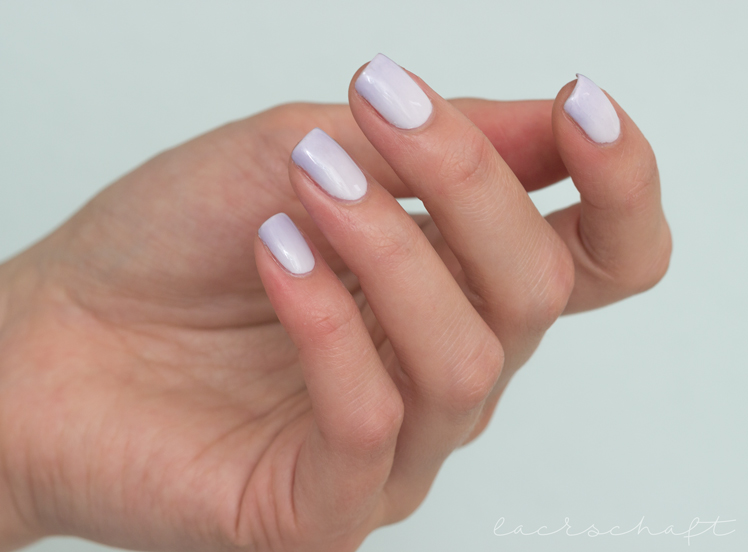 nailart-gradient-essie-find-me-an-oasis-virgin-snow-3