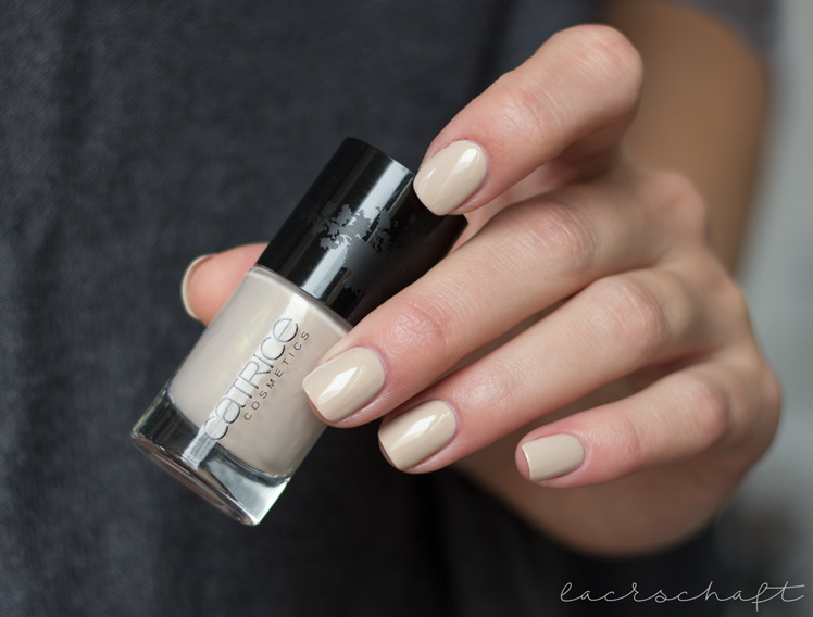 catrice-neo-natured-fall-2016-nail-lacquer-nude-knit-swatch