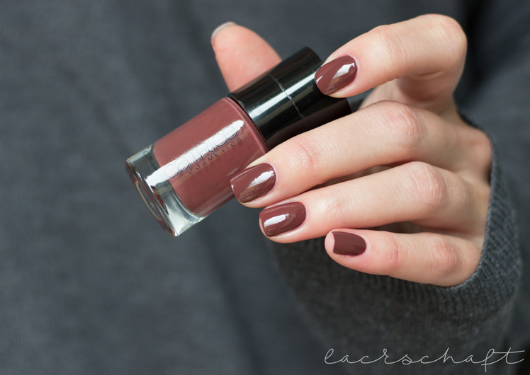 catrice-neo-natured-fall-2016-nail-lacquer-wooslands-liberty-swatch
