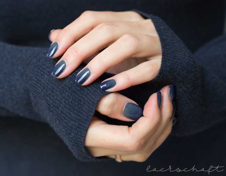 anny-gradient-velvet-chinchilla-denim-on-the-rocks-nailart-1