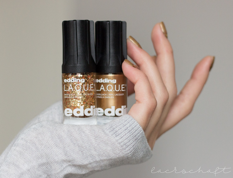 edding-laque-heavy-metals-naughty-nuggets-galactic-gold-strong-steel-metal-powder-swatch-2