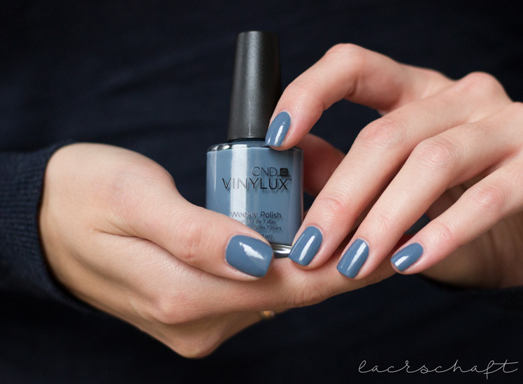 cnd-vinylux-denim-patch-review-swatch-2