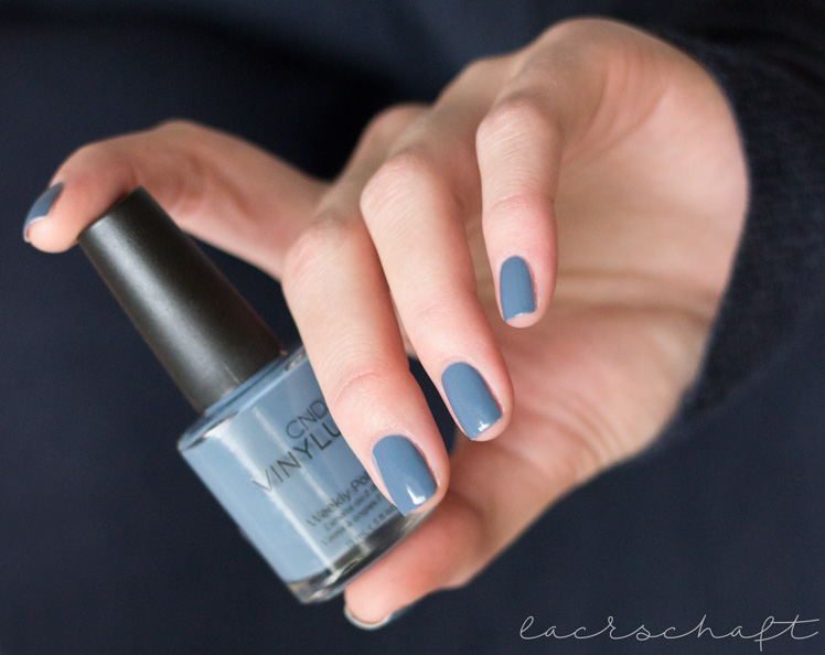 cnd-vinylux-denim-patch-review-swatch-4