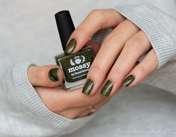 picture-polish-mossy-swatch-review-holo-indie-nailart-5