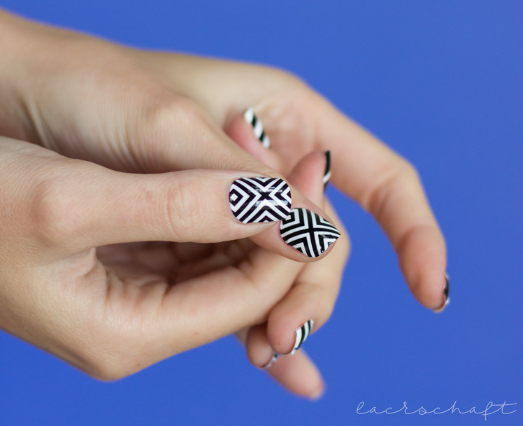 bornprettystore-bps-nailwraps-nailsticker-nagelsticker-23056-black-and-white-geometric-review-2