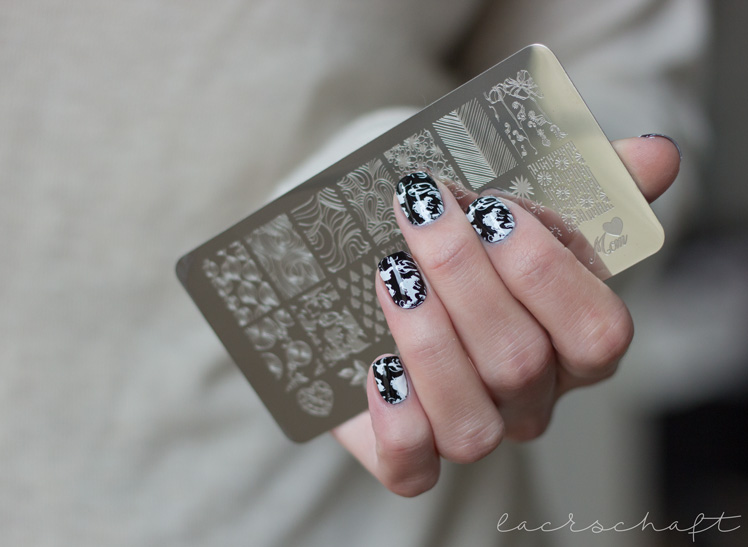 nailreloadedchallenge-black-and-white-schwarzweiss-stamping-nailart-lovenails-jq-l18-_1