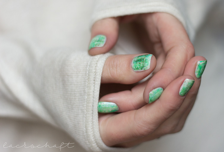nailsreloaded-challenge-nailart-dry-brush-distressed-nails-essie-urban-jungle-p2-gloss-geos-neon-ferris-wheel-techno-chrome-enchanted-forest-nyx-hot-green-swatch-2