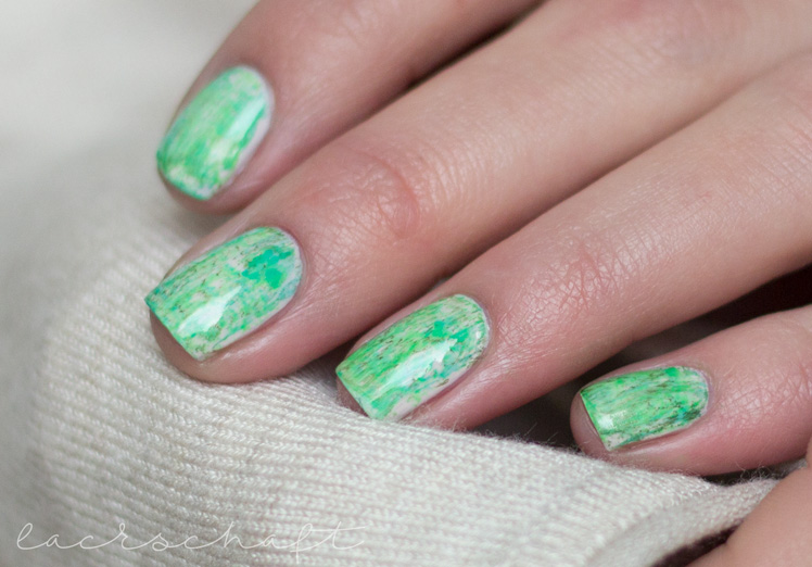 nailsreloaded-challenge-nailart-dry-brush-distressed-nails-essie-urban-jungle-p2-gloss-geos-neon-ferris-wheel-techno-chrome-enchanted-forest-nyx-hot-green-swatch-3