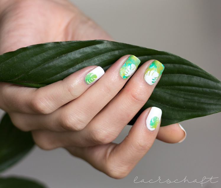 monstera-nailart-nailvinyls-svenjasnailart-trend-it-up-velvet-sensation-010-volume-and-shine-352-anny-surfing-crocodile-1