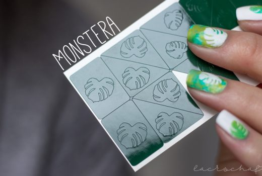 monstera-nailart-nailvinyls-svenjasnailart-trend-it-up-velvet-sensation-010-volume-and-shine-352-anny-surfing-crocodile-2