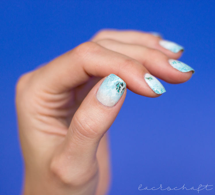 blogparade-frischlackiert-challenge-strand-und-meer-nailart-beach-ocean-gradient-spotted-watermarble-anny-something-blue-take-me-honey-midtown-skyline-3