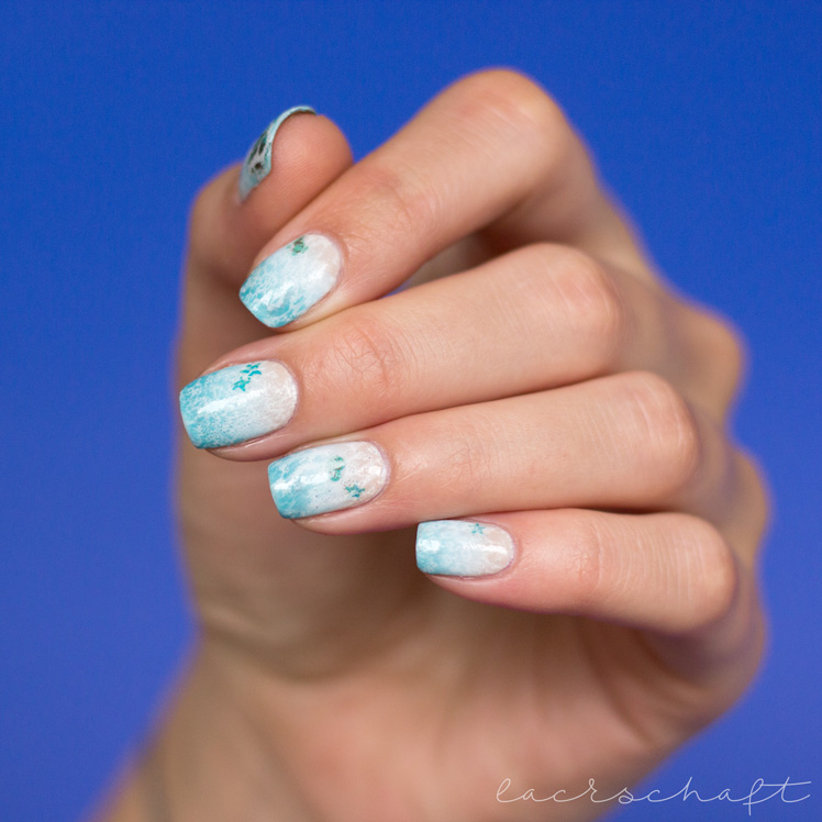blogparade-frischlackiert-challenge-strand-und-meer-nailart-beach-ocean-gradient-spotted-watermarble-anny-something-blue-take-me-honey-midtown-skyline-4