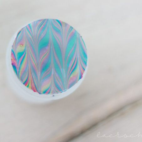 frischlackiert-challenge-blogparade-watermarble-stamping-p2-gloss-goes-neon-1