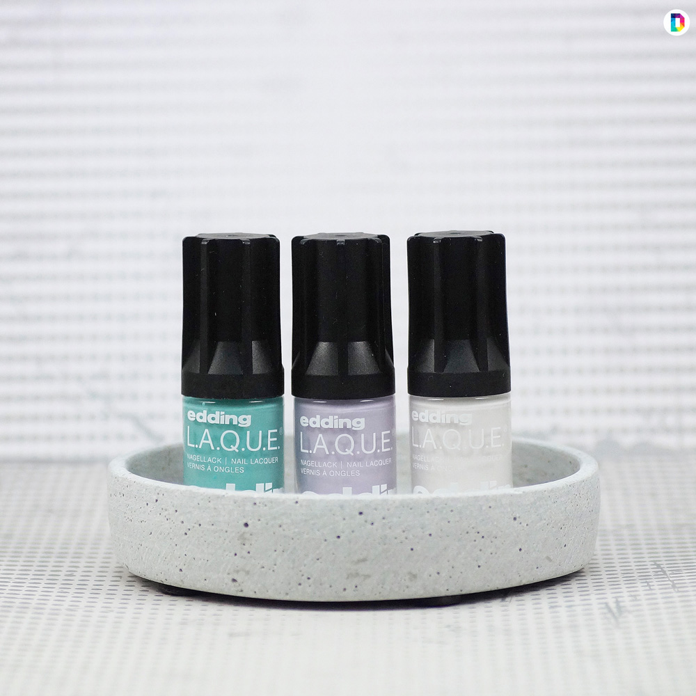 Edding-Laque-Rich-Pastels-Bottleshot-Candy-Cotton-Withe-Wedding-Green-Aquamarine.jpg