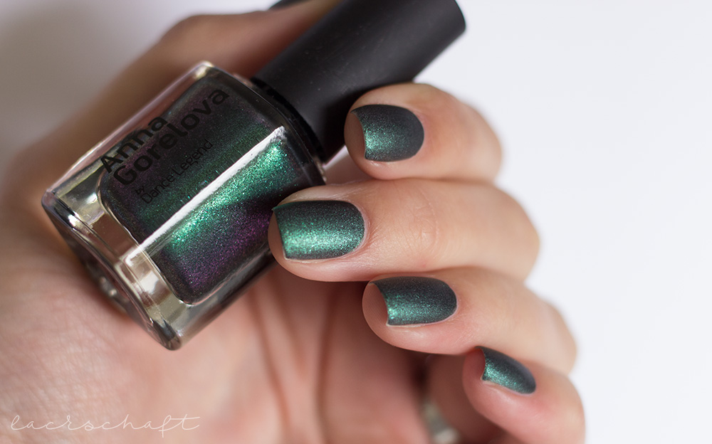 dance-legend-wood-goblin-Леший-matt-green-polish-lilac-shimmer-swatch-2
