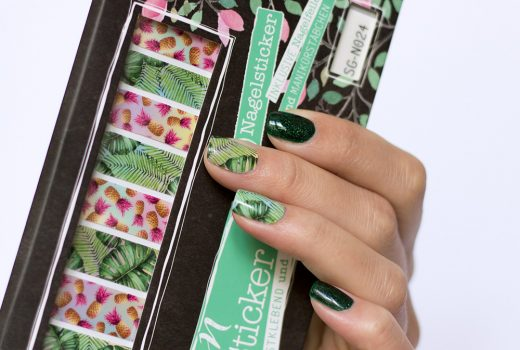 stickergigant-nagelsticker-nailwraps-dschungelregenbogen-sommer-2017-picture-polish-krytonite-1