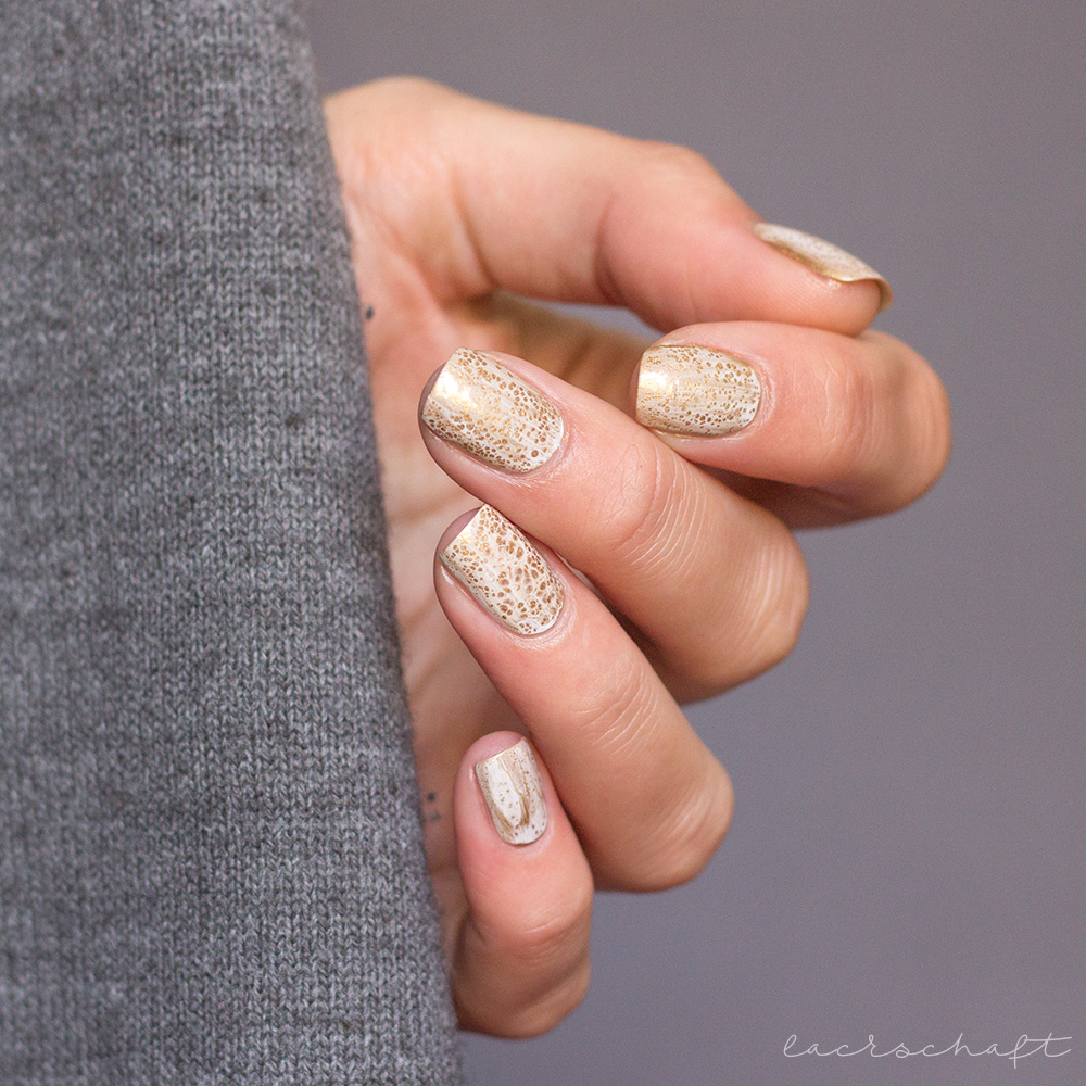 blogparade-frischlackiert-challenge-goldrausch-edding-laque-galactic-gold-dance-legend-spot-it-white-4