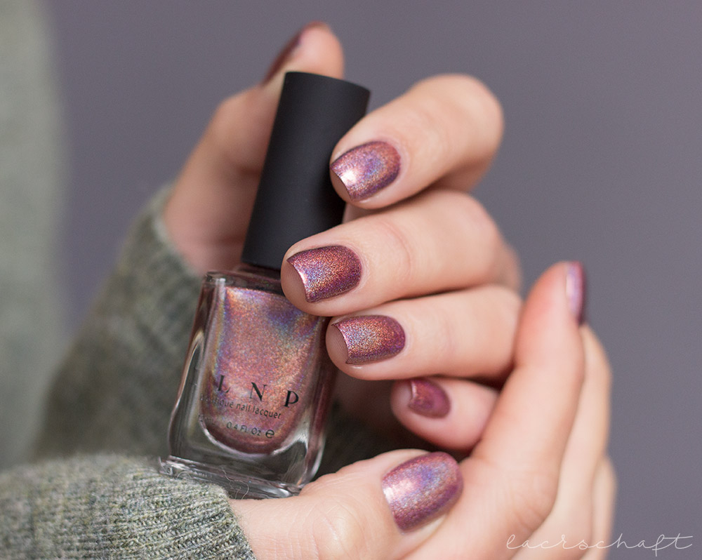 ILNP-Ultra-Holos-Dinnerparty-Holographic-swatch-1