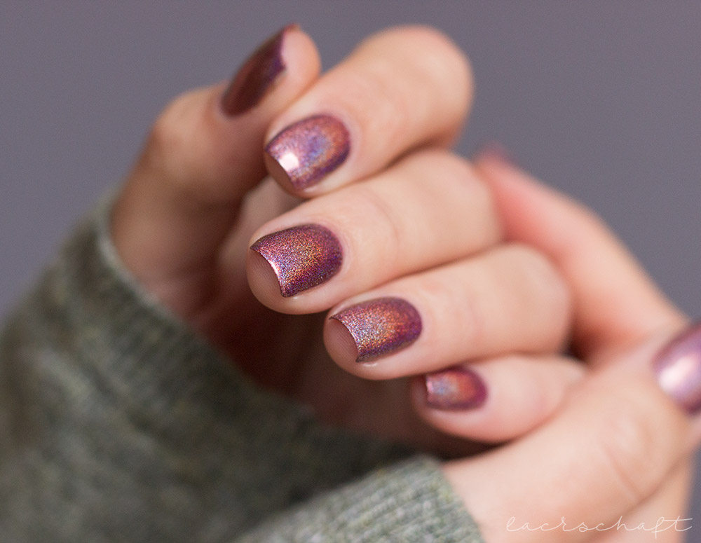 ILNP-Ultra-Holos-Dinnerparty-Holographic-swatch-6