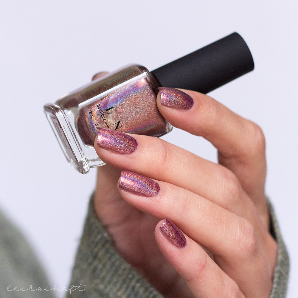 ILNP-Ultra-Holos-Dinnerparty-Holographic-swatch-7