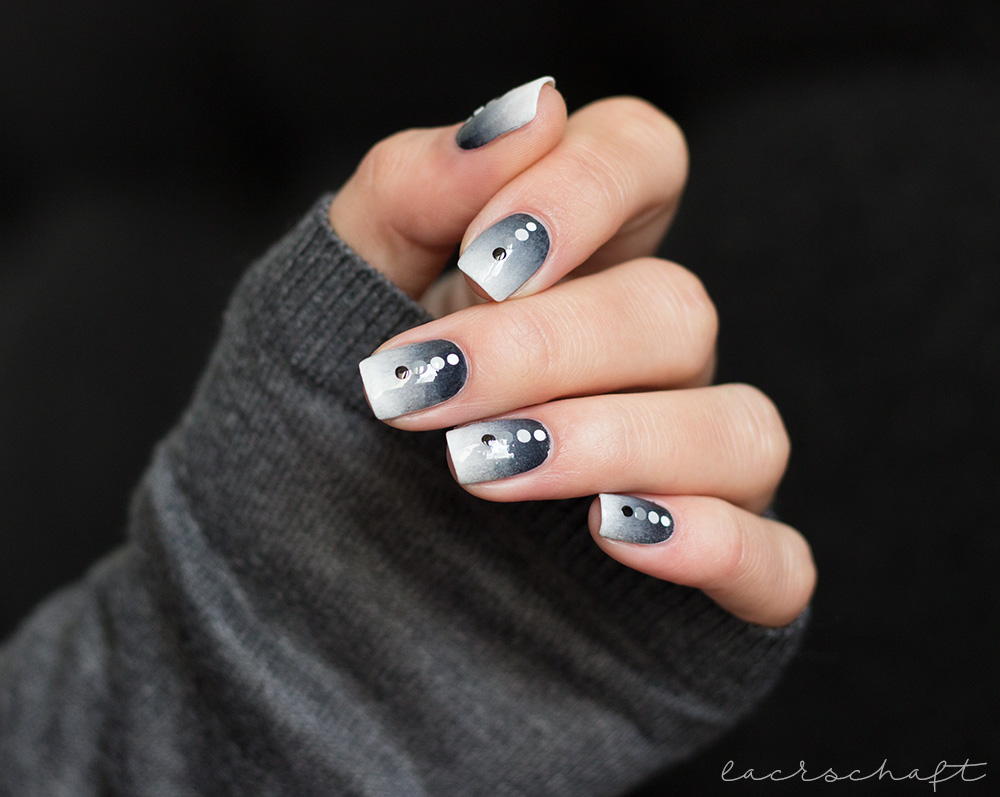 justanothernailartchallenge-blogparade-gratticure-black-and-white-nailart-gradient-3