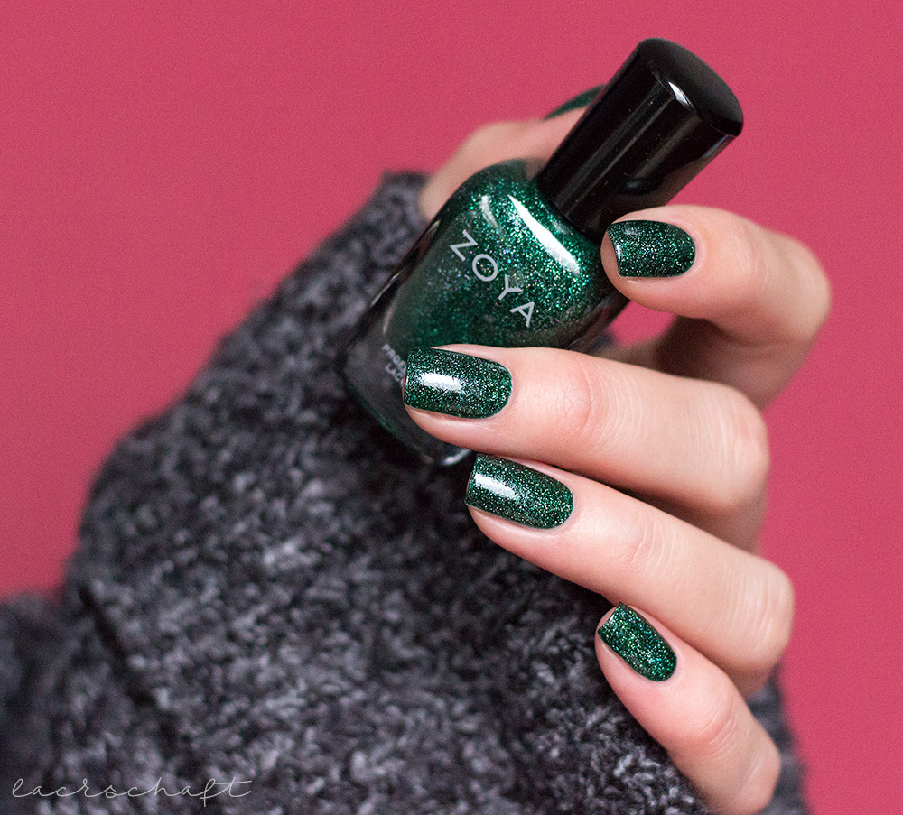 zoya-indie-polish-merida-swatch-3