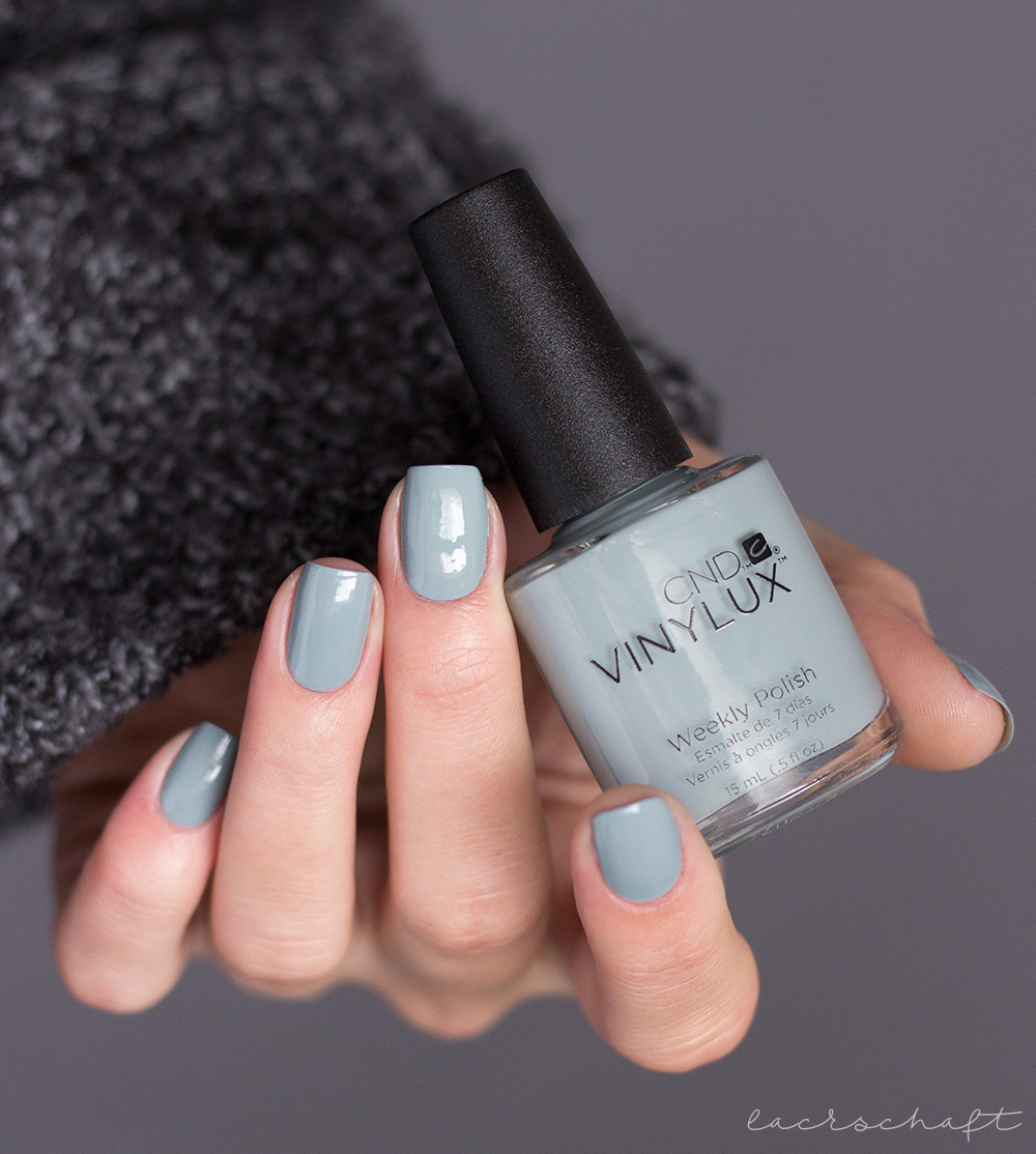 CND-VINYLUX-Glacial-Illusion-Collection-swatch-nagellack-nailpolish-mystic-slate-1