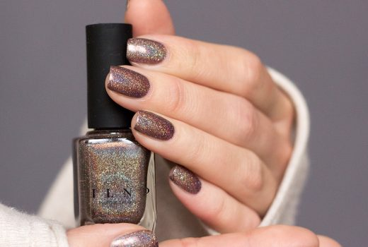 ILNP-Ultra-Holos-Mona-Lisa-Holographic-Nailpolish-Nagellack-Indies-Swatch-1