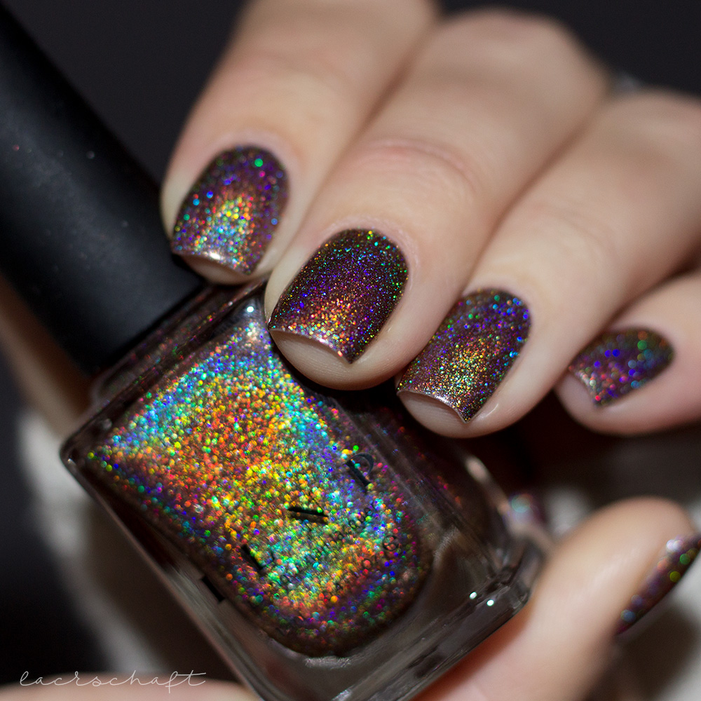 ILNP-Ultra-Holos-Mona-Lisa-Holographic-Nailpolish-Nagellack-Indies-Swatch-2