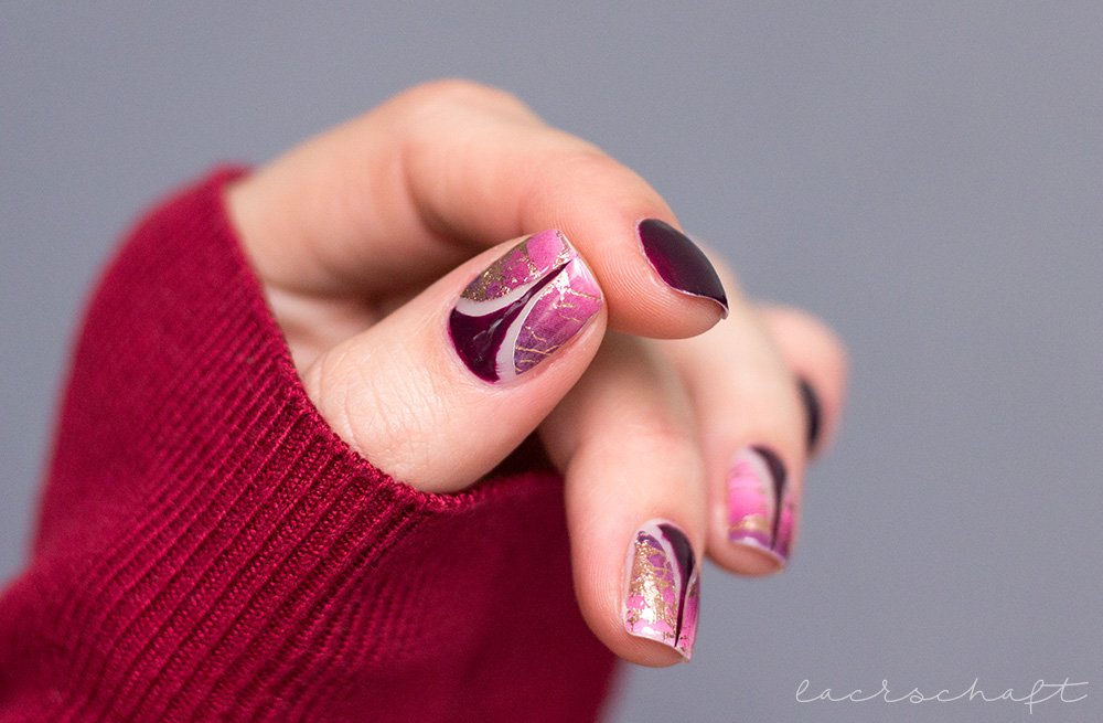 Nailart-Sticker-Vinyls-Stiletto-Rosinagold-Stickergigant-absolute-aubergine-edding-laque-2