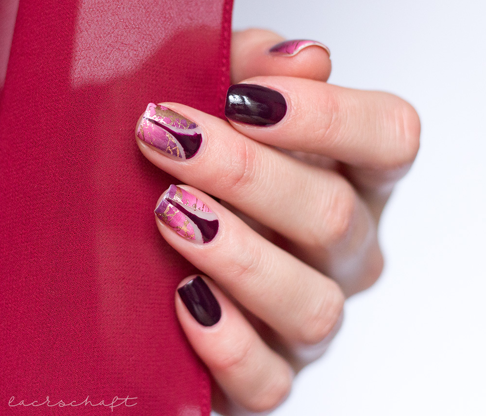 Nailart-Sticker-Vinyls-Stiletto-Rosinagold-Stickergigant-absolute-aubergine-edding-laque-3