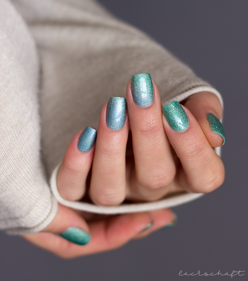 Masura-Gradient-Mint-Breeze-rainbow-over-the-Waterfall-Nailart-2