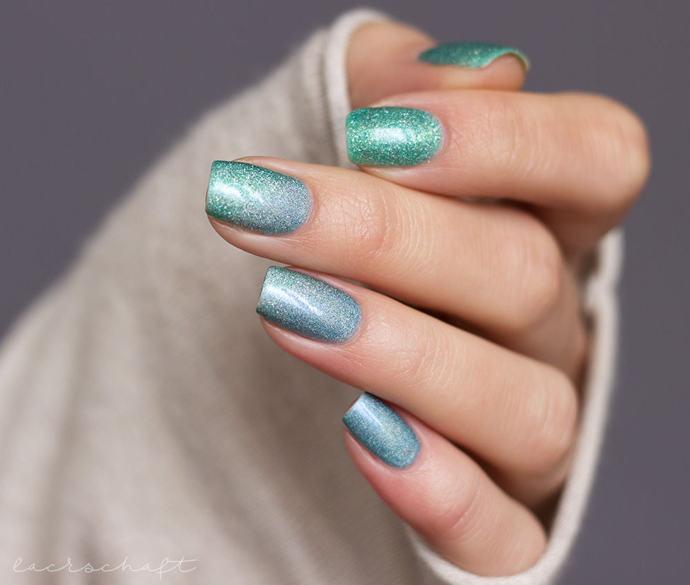 Masura-Gradient-Mint-Breeze-rainbow-over-the-Waterfall-Nailart-4