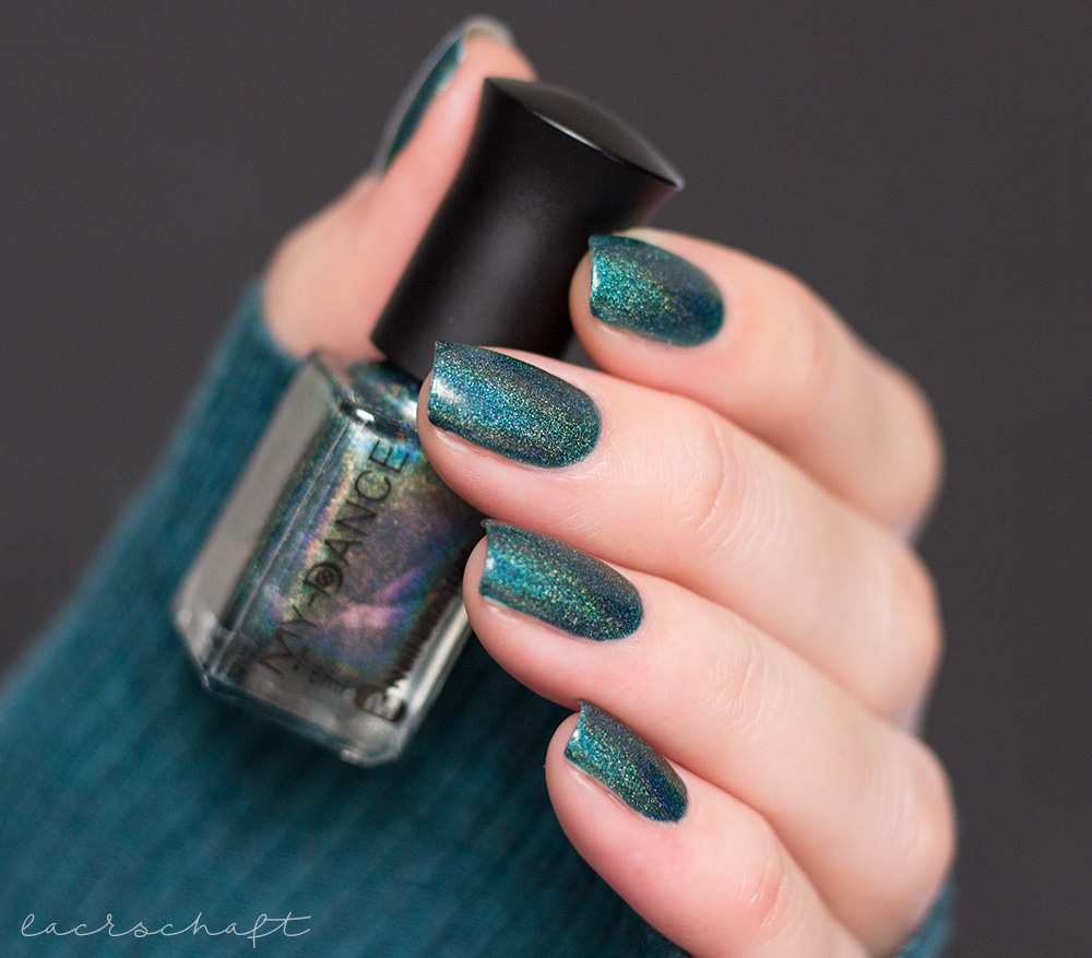 beautybigbang-dark-green-holo-J2448-9C-swatch-nagellack-5