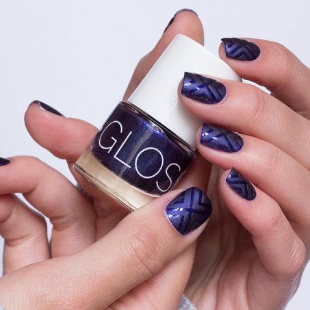 frischlackiert-challenge-matt-glänzend-nailart-vinyls-glossworks-savue-midnight-at-the-oasis-2