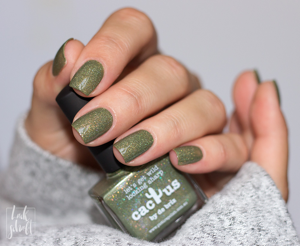 picture-polish-nailpolish-holo-Cactus-Swatch-4