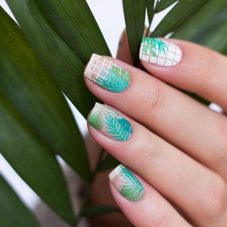 Moyou-London-Stamping-Nailart-tropical-collab-4