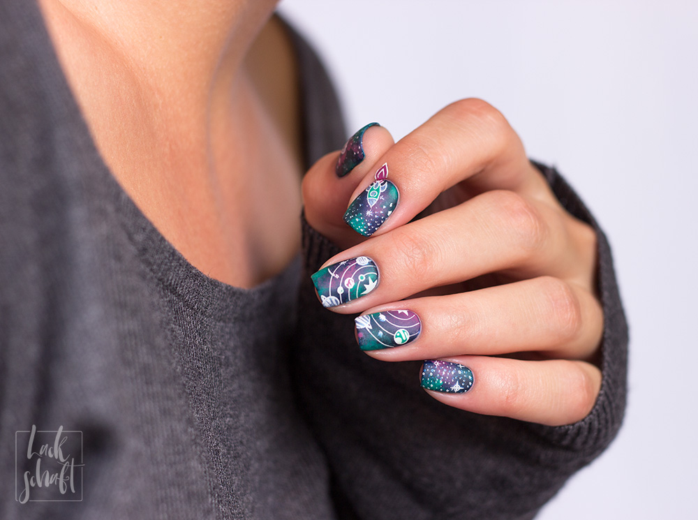 Moyou-London-Stamping-sci-fi-10-galaxy-nails-5