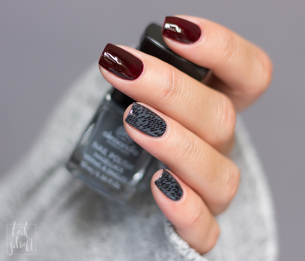 Alessandro-Rouge-Noir-New-York-Grey-Stamping-Nailart-2