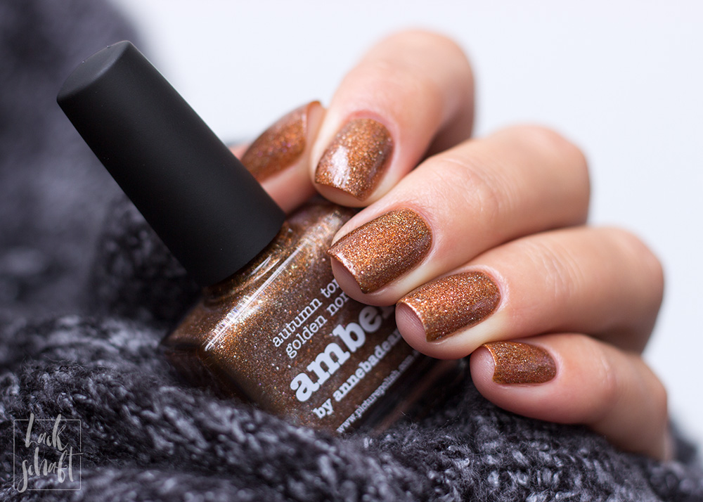 Picture-Polish-Amber-Holographic-Nagellack-2
