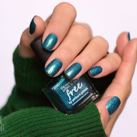 picture-polish-free-swatch-nailpolish-indie-polish-holographic-1