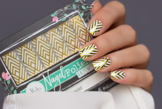 Stickergigant-Chevrongold-Lackschaft-Nagelsticker-Nagelfolien-Nailwraps-Chevron-5