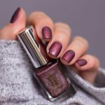 a-england-return-to-manderley-maxim-holographic-nailpolish-swatch-1